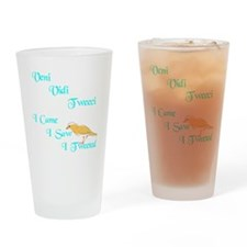 veni vidi tweeci dark Drinking Glass