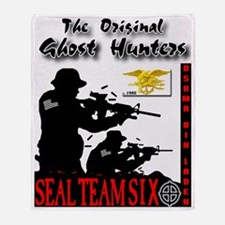 ghost hunters final Throw Blanket