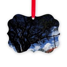Castries. Derek Walcott square an Ornament