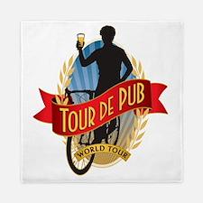 tour de pub Queen Duvet