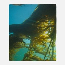 Giant Kelp (Macrocystis integrefolia Throw Blanket
