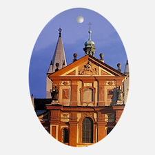 Prague. Prague Castle and Basilica o Oval Ornament