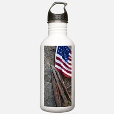 American flag and weap Water Bottle