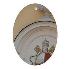Double crossed keysegensburg. City s Oval Ornament