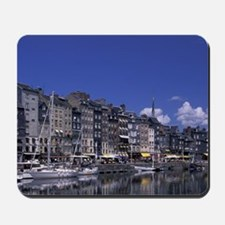 FRANCE, Normandy Honfleur. Quai St. Cath Mousepad
