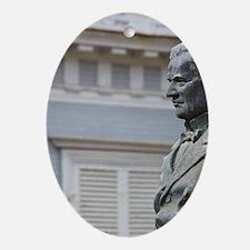 Colonial era senatornd, St-Denis, bu Oval Ornament