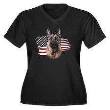 usa Women's Plus Size Dark V-Neck T-Shirt