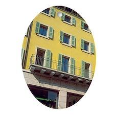 Verona. Pedestrian street scene. Tow Oval Ornament