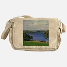 Is one of the largest lakes in North Messenger Bag