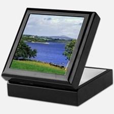 Is one of the largest lakes in Northe Keepsake Box
