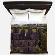 The Blarney House on the grounds with t King Duvet