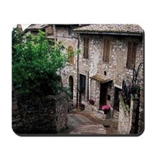 Europe, Italy, Umbria, Assisi. Steep med Mousepad