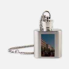 Horse-drawn carriages and St Mary's Flask Necklace
