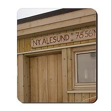 Ny Alesund (aka King's Bay). Location si Mousepad