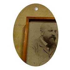 Architecture by Antoni Gaudi (1852-1 Oval Ornament