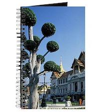 Grand Palace Chakri Mahaprasat Main palace Journal