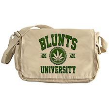 BLUNTS_UNIVERSITYa3d Messenger Bag