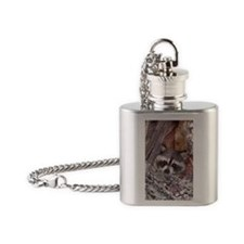 5681-oval Flask Necklace