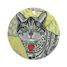 cat-gray-tabby-heart-colors-1-5.25 Round Ornament