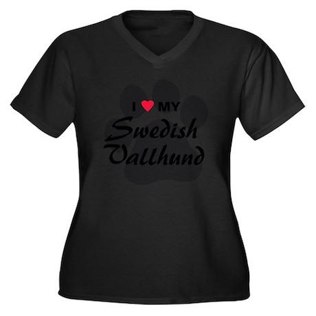 Swedish-Vall Women's Plus Size Dark V-Neck T-Shirt