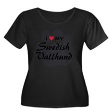 Swedish- Women's Plus Size Dark Scoop Neck T-Shirt