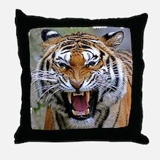 Atiger shirt Throw Pillow