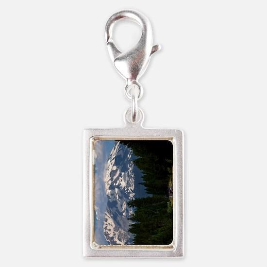 (11p) Shasta On The Road Aga Silver Portrait Charm