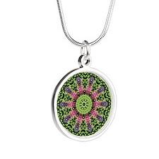 flower62 Silver Round Necklace