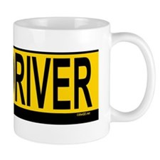 New Drv 527_H_F bus yellow Mug