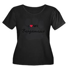 I Love M Women's Plus Size Dark Scoop Neck T-Shirt