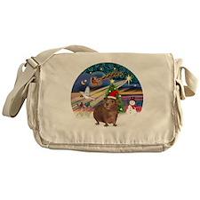 R-XmasMagic-GuineaPig3-HAT Messenger Bag