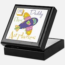 my daddy flies airplanes Keepsake Box
