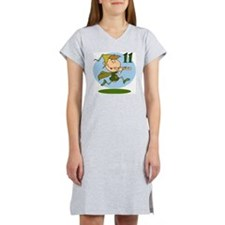11 pipers Women's Nightshirt
