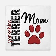 D Yorkshire Terrier Mom 2 Queen Duvet