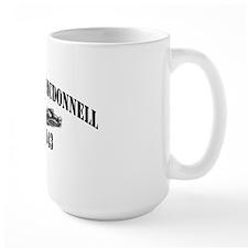 emcdonnell de black letters Mug