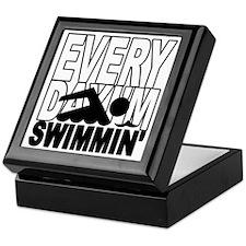 swimming_blk Keepsake Box