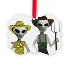 Alien Couple, Country Ornament