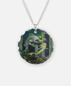 stalker squ Necklace