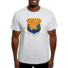6th AMW - Parati Defendere T-Shirt
