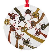 gr h Ornament