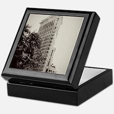 V Flatiron ipad sleeve Keepsake Box