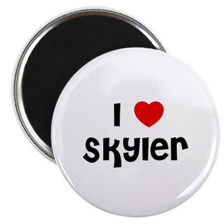 I * Skyler Magnet