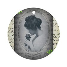 Mabel Taliaferro Round Ornament