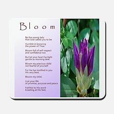 Bloom love note final Mousepad