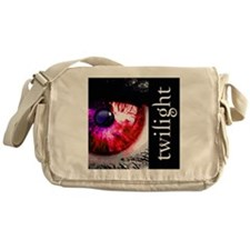 eye for twilight by twibaby best twi Messenger Bag