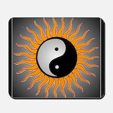 yin yang w black border Mousepad