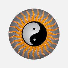 "yin yang w black border 3.5"" Button"