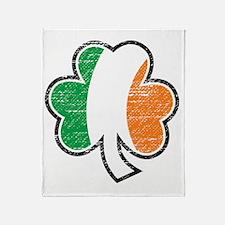 irish shamrock distressed Throw Blanket
