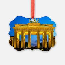 large print_0000_Brandenburg Gate Ornament