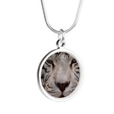 (15s) White Tiger 4 Silver Round Necklace